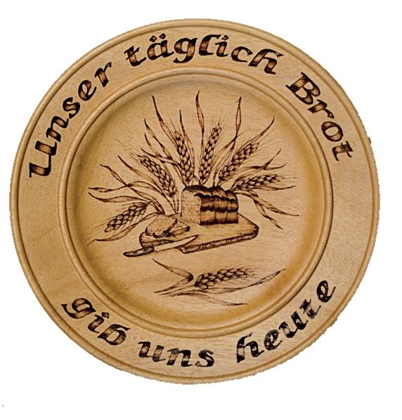 Holzteller_Unser_taeglich_Brot.jpg